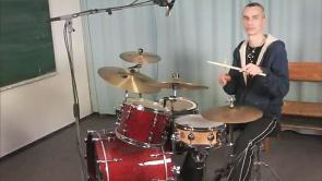 Schlagzeug lernen - Grundlagen und Techniken