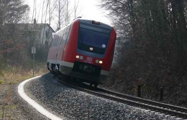 Reisekrankheit_Zug_DBAG_Baureihe_612_Neigebetrieb_(612-009-1).jpg