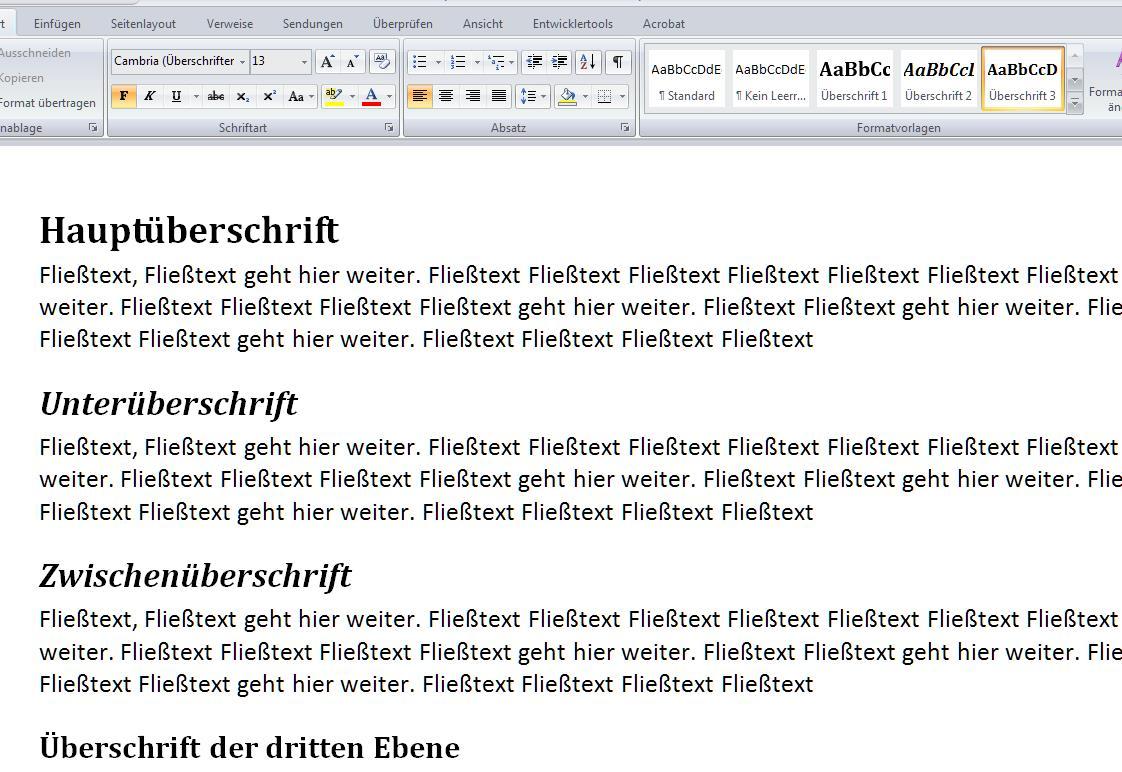 Das Aussehen des Textes nach Zuweisen der Formatvorlagen für die Überschriften