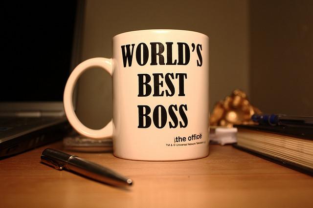 auf-diesem-bild-ist-eine-kaffeetasse-mit-beschriftung.png
