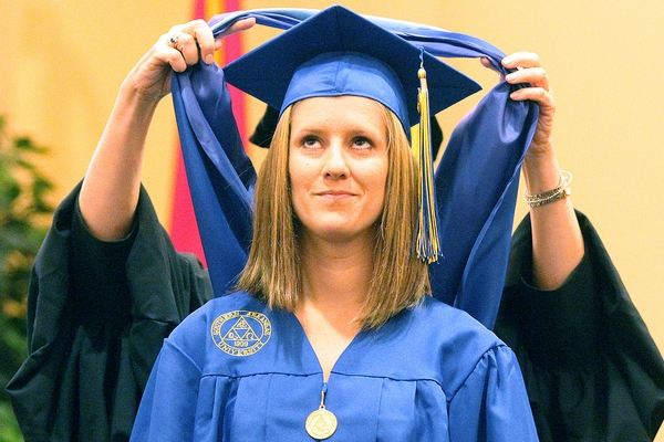 das ist eine absolventin