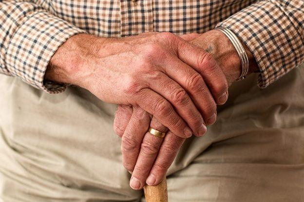 hands aging